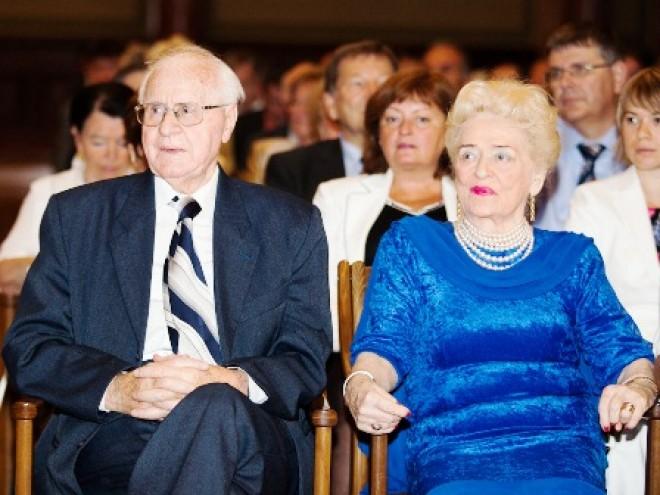 Tragikus hirtelenséggel elhunyt Magyarország egykori minisztere!