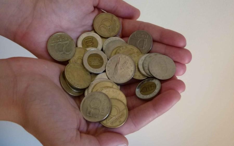 Lehet napi 400 forintból egy családot etetni?