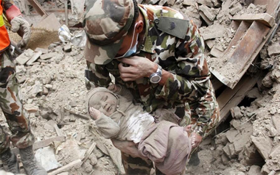 Emlékszik még a babára, aki 22 órát élt túl a nepáli földrengés romjai alatt? Így néz ki ma!