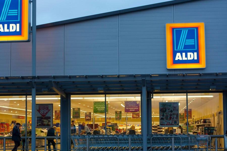 230 ezres kezdővel keres itthon bolti eladókat az ALDI!