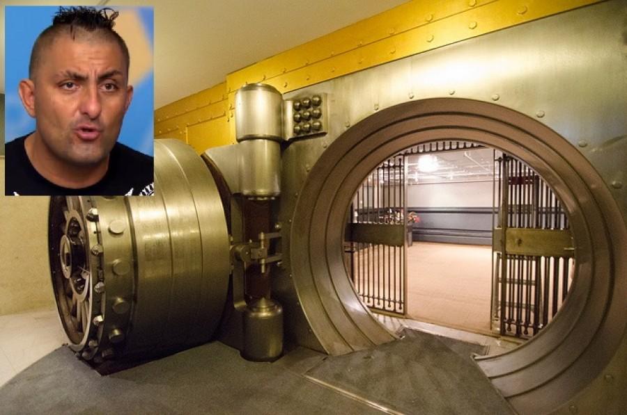 A NAV megtalálta Győző titkos széfjét egy budapesti bankban! Nem hiszed el mi volt benne!