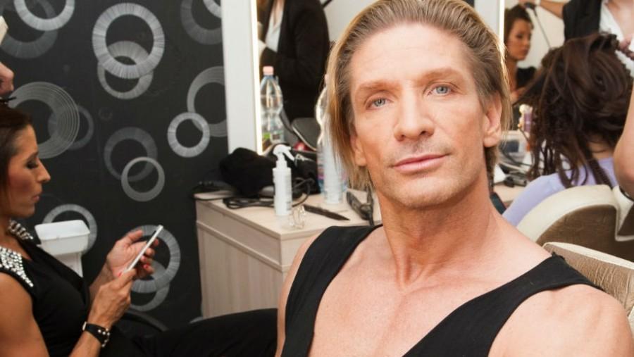 Felháborító beképzeltség! Pintér Tibor büszke rá, hogy férjes nők vele csalják párjaikat!