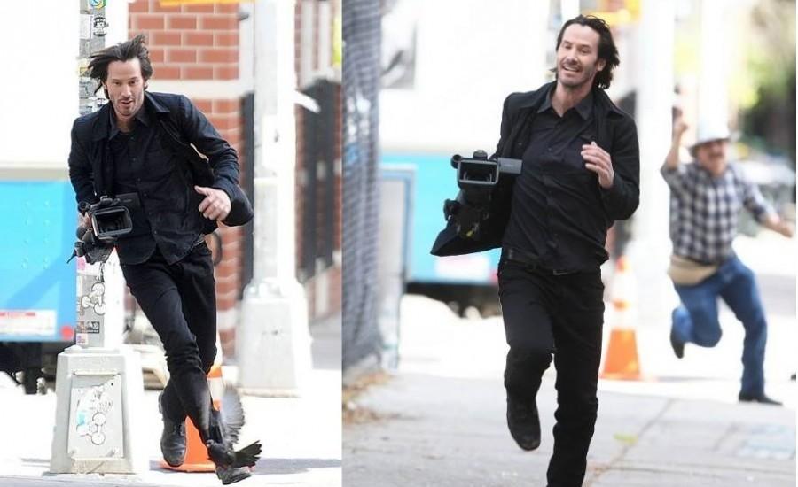 Még mindig nevetünk! Keanu Reevs ellopta az őt videózó paparazzi kameráját!