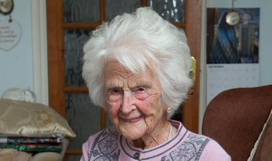 A 111 éves nő elárulta a hosszú élet titkát, lefogsz döbbenni, hogy szerinte mi az!