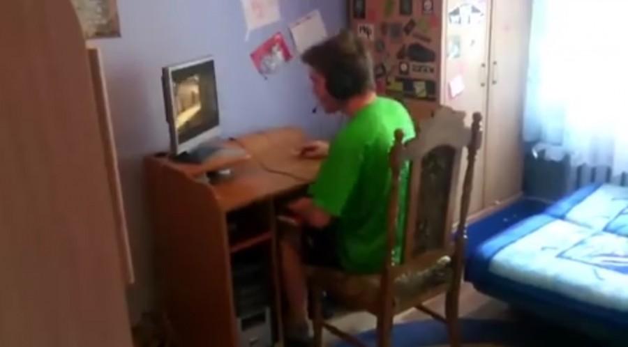 Ezért ne hagyd egyedül videojátékozni a gyereked!