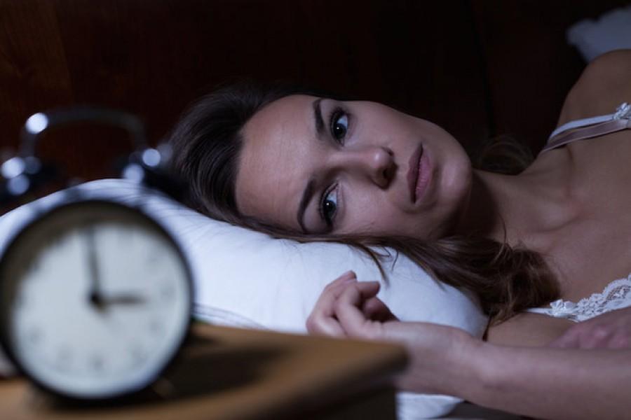 Te is felszoktál az éjszaka közepén ébredni? Tudd meg miért!