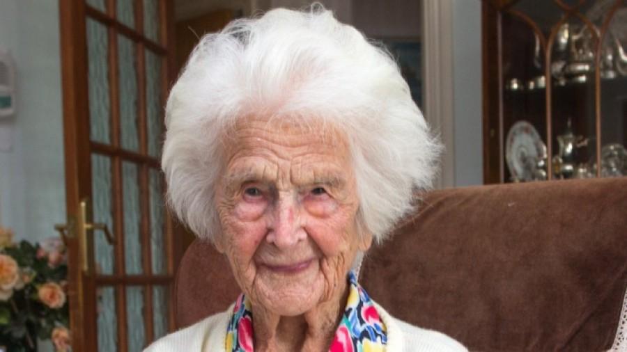 A 111 éves nő elmondta mi a hosszú élet titka!