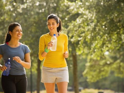 A prosztatagyulladás gyaloglásának előnyei. Lehetséges kombinálni a futást és a prosztatát?