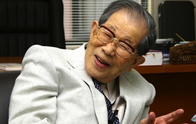 11 tanács a fiatalság megőrzéséhez, a világ legidősebb orvosától!